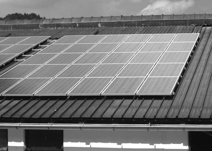 1983_Photovoltaikanlage